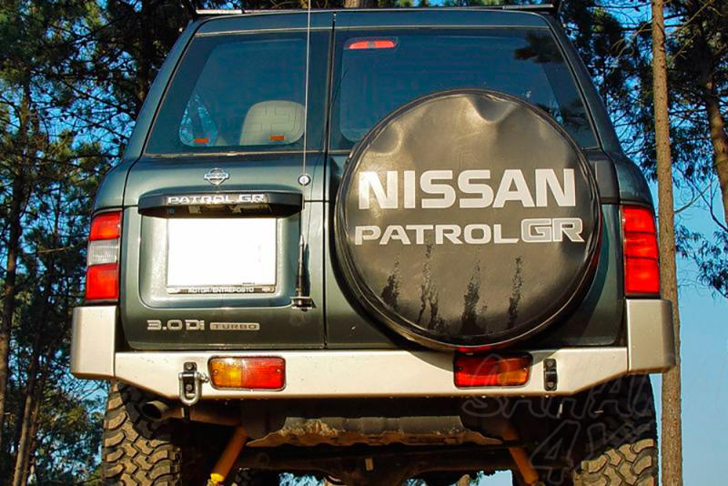 Parachoques trasero con huecos para pilotos AFN para Nissan Patrol GR Y61 1998-2005 -