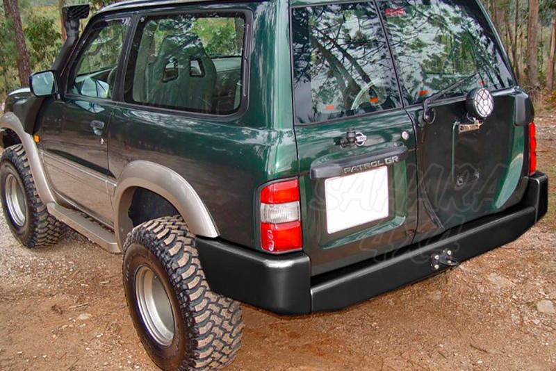 Parachoques trasero sin huecos para pilotos AFN para Nissan Patrol GR Y61 1998-2005 -