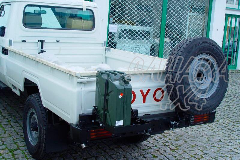 Parachoques trasero con doble soporte para rueda y bidón AFN para Toyota LandCruiser - Sólo J79
