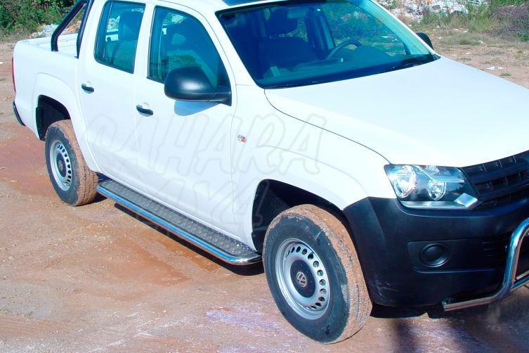 Estribos en plataforma de aluminio con tubo inox para Volkswagen Amarok 2010- - Para Doble cabina