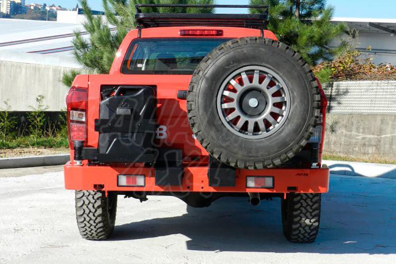 Parachoques trasero con doble soporte de rueda y bidon para Isuzu D-Max 2012- -