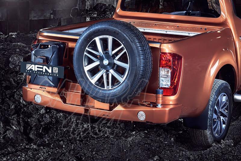 Parachoques trasero con doble soporte de rueda y bidón para Nissan Navara D23