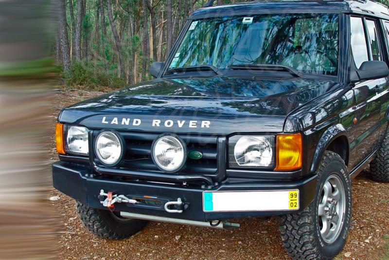 Parachoques frontal con base de cabestrante Land Rover Discovery II - Fabricado en acero. Sin barra de faros