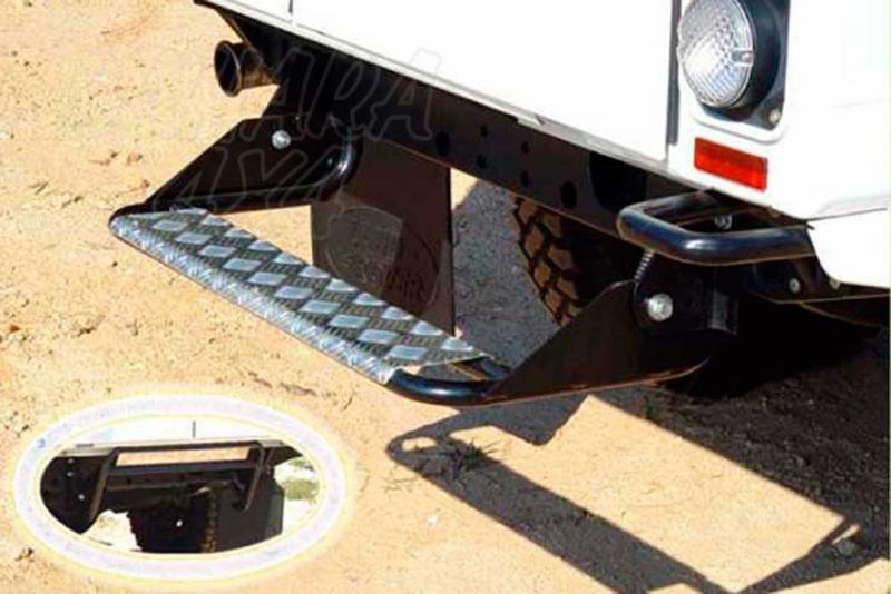 Peldaño trasero AFN para Land Rover Defender 130 1983- -