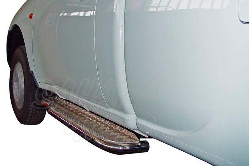 Estribos en plataforma de aluminio con tubo inox AFN para Mitsubishi L-200 Triton 2006-2009 - Para Simple cabina