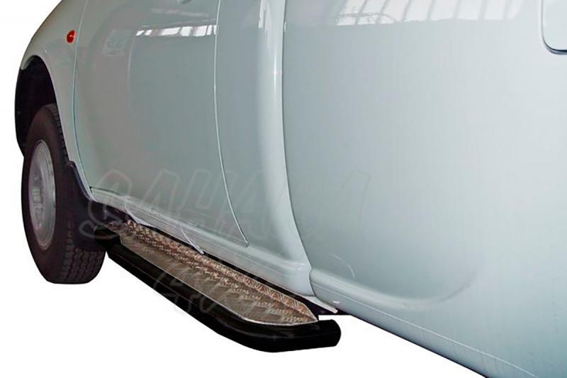 Estribos en plataforma de aluminio con tubo negro AFN para Mitsubishi L-200 Triton 2006-2009 - Para Simple cabina