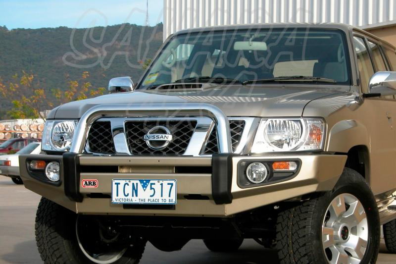 Paragolpes Delantero Sahara Bar ARB Nissan Patrol GR Y61 desde 04 - Seleccione su configuracion , disponible sin barra superior. Los faros van incluidos.
