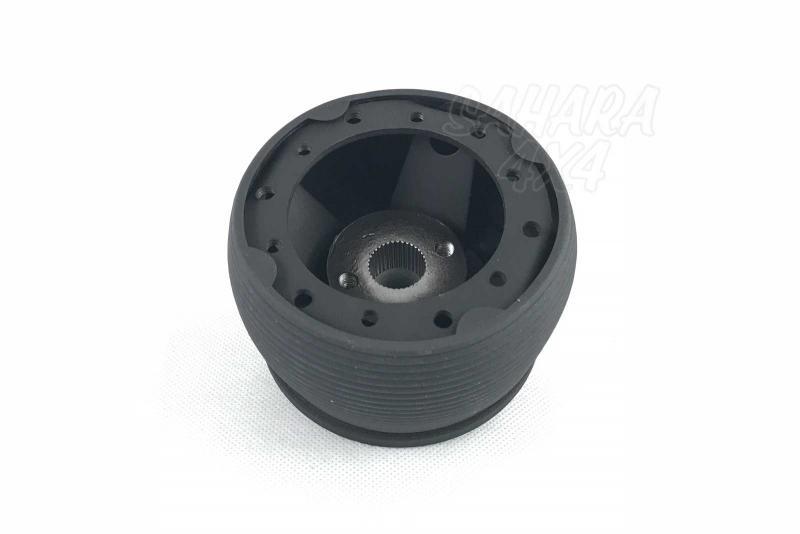 Piña de Adaptacion de Volante para Land Rover Defender - Medidas: 36 Estrías / 17.3mm Ø, pulse para más información.