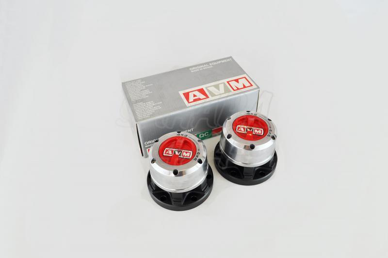 Liberadores de rueda manuales AVM HP Reforzados Nissan Navara D22 & Nissan Rally raid - Precio de las 2 unidades delanteras. REFORZADOS.