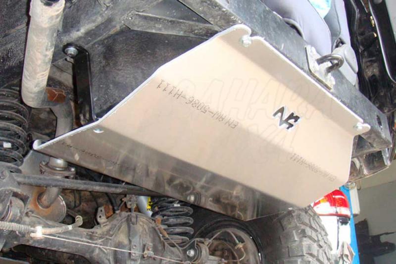 Protección depósito N4 Duraluminio 8 mm para Toyota Land Cruiser LJ73 / KZJ73