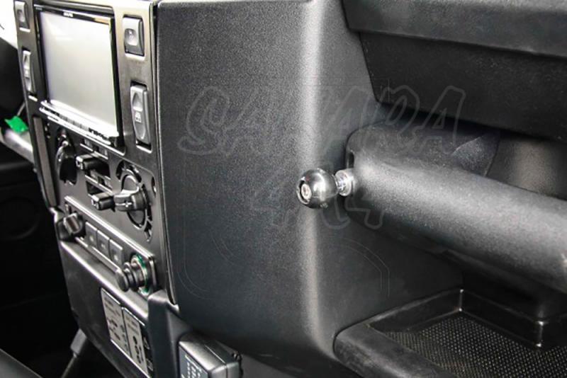 Soporte RAM para Land rover Defender post 2007 - Valido para defender posteriores al año 2007, con motor 2.2 , 2.4.