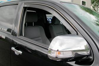 Derivabrisas (deflectores de ventanilla) Nissan Patrol 240/260/280 1982-1998 -