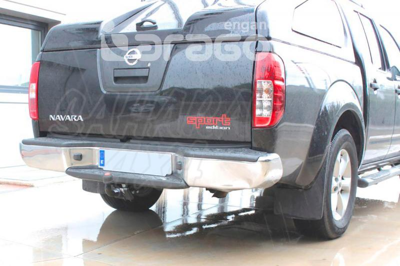Enganche de Remolque Extraible Horizontal Nissan Navara D40 Con Paragolpes 5/2010-2014 - Consultar homologacion.
