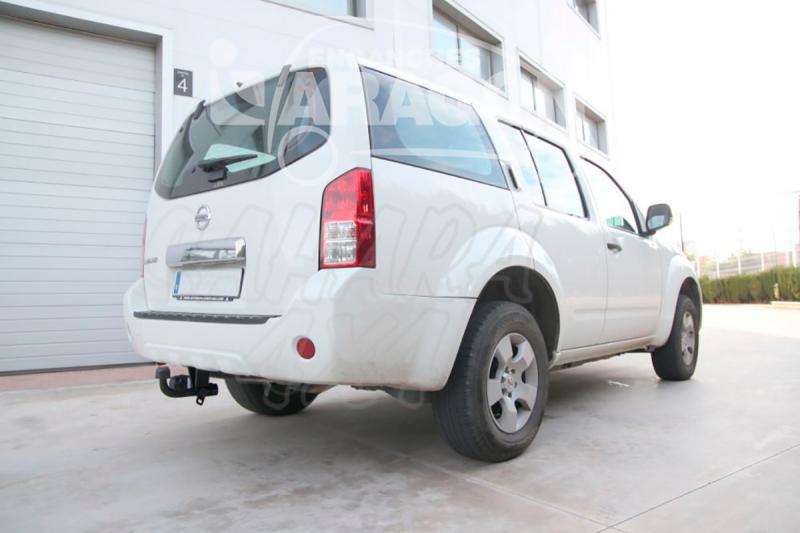 Enganche de Remolque Fijo Nissan Pathfinder 3/2010- - Consultar homologacion.