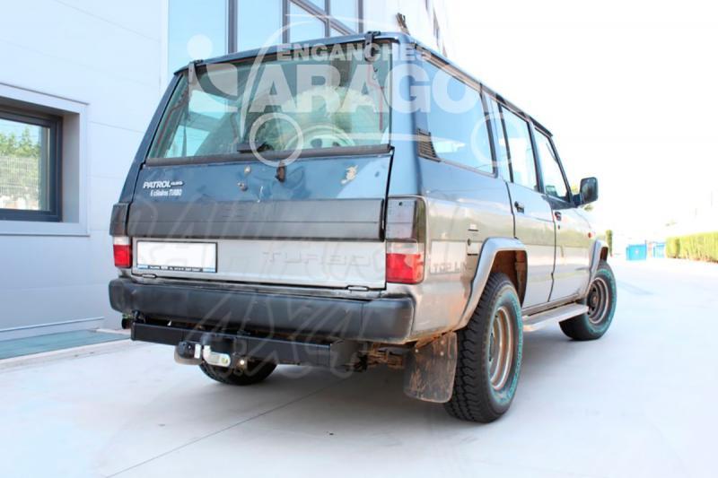 Enganche de Remolque Tipo Placa Nissan Patrol 1980- - Consultar homologacion.