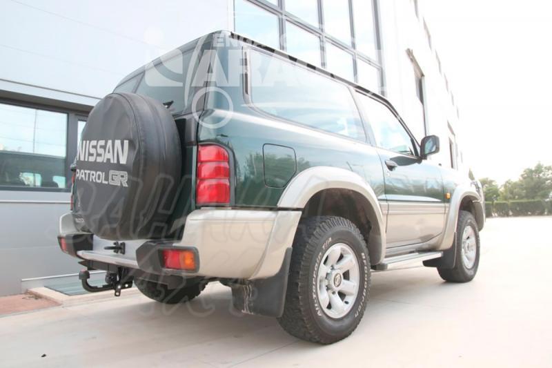 Enganche de Remolque Fijo Nissan Patrol GR Y61 1998- - Consultar homologacion.