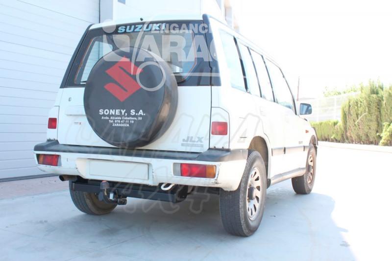 Enganche de Remolque Fijo Suzuki Vitara V6 5 Puertas 1992-2005 - Consultar homologacion.