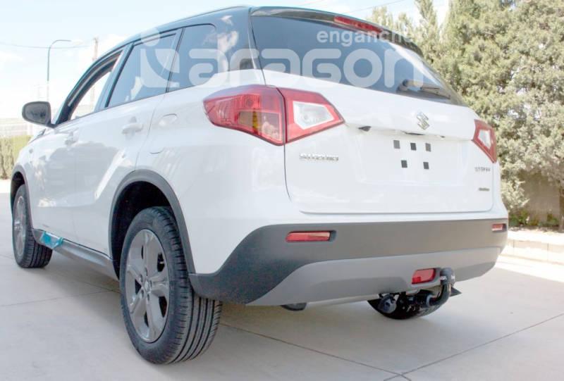 Enganche de Remolque Extraible Horizontal Suzuki Vitara 5 Puertas 2015- - Consultar homologacion.