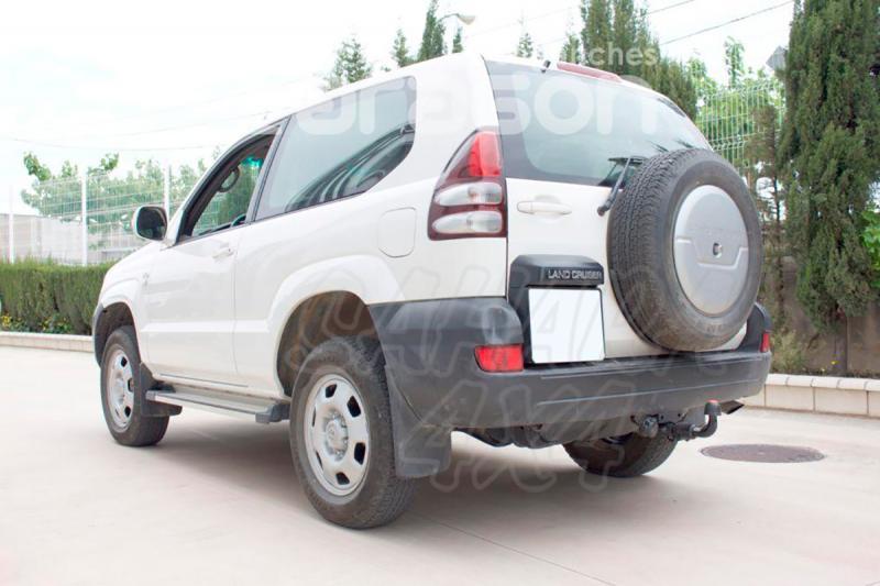 Enganche de Remolque Extraible Horizontal Toyota Land Cruiser J120/J125 1/2003-10/2008 - Consultar homologacion.