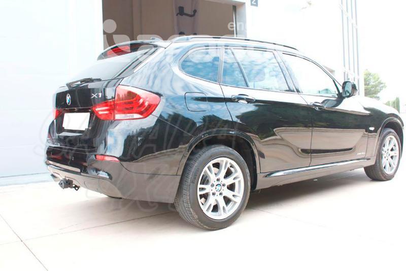 Enganche de Remolque Extraible Horizontal BMW X1 E84 12/2009-9/2015 - Consultar homologacion.
