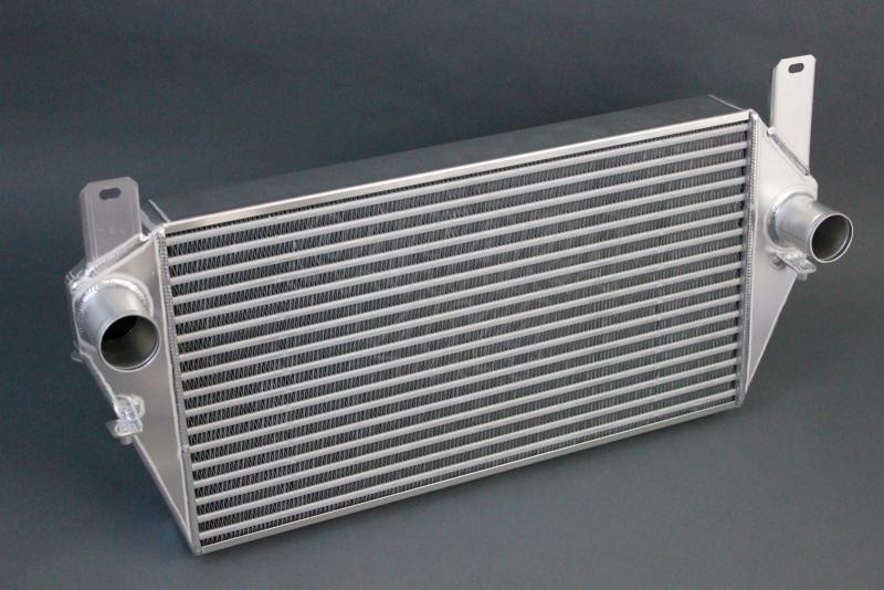 Intercooler alto rendimiento Defender Td5,TD4 2.4 y 2.2 - Intercooler de alto rendimiento Defender Td5 & TD4