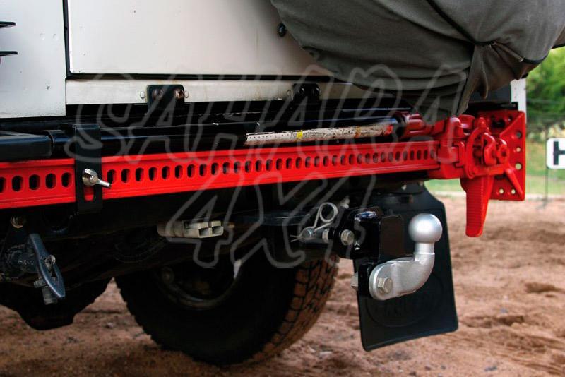 Soporte de HiLift 1.2m para Land Rover Defender - Diseñado para montar el hilift en el paragolpes trasero del defender 90 & 110