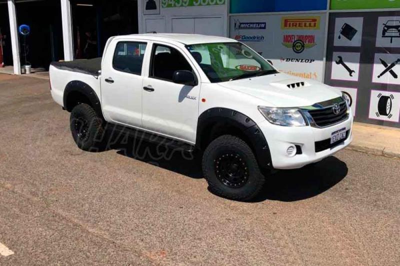 Aletines de Rueda Plastico ABS Toyota Hilux Vigo - +55 mm por rueda