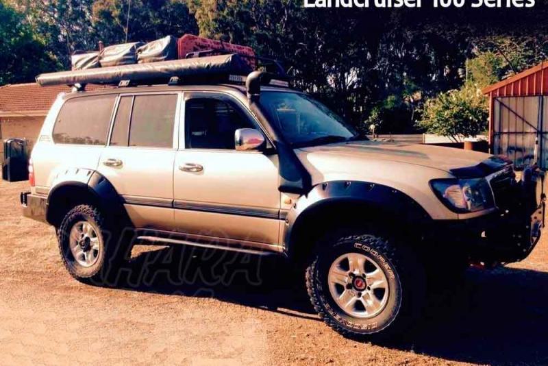 Aletines de Rueda Plastico ABS Toyota Land Cruiser 100 series