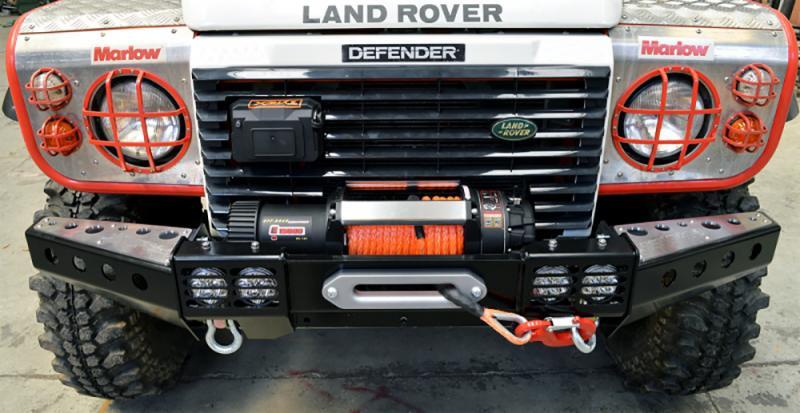 Paragolpes delantero ST con soporte de Winch en acero para Land Rover Defender