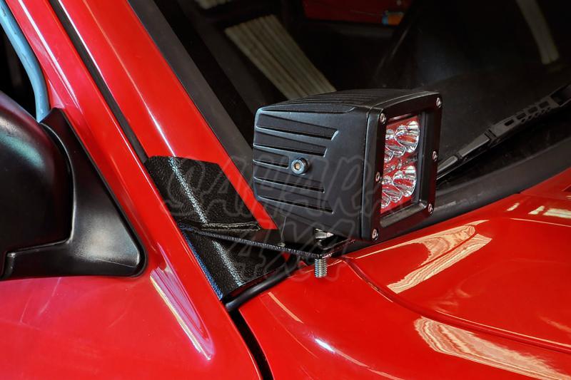 Soportes para Faros en parabrisas Rough Country - Jeep Cherokee XJ - Pareja de soportes
