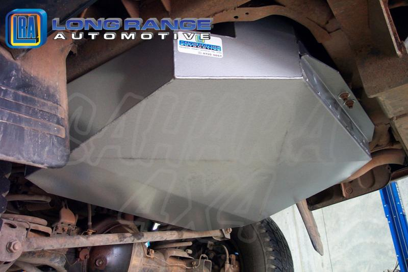 Depósito de reemplazo LRA, 150L, Montero V6 3,5l  5 Puertas - LRA Depósito de reemplazo, 150L. Fotografía generica.