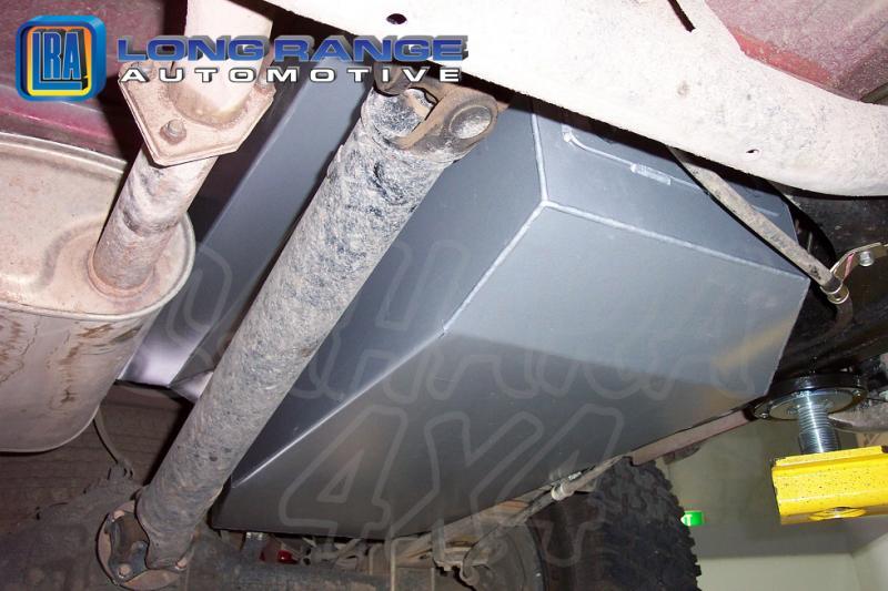 Depósito de reemplazo LRA, 120L, L200 Doble Cabina > 2006 - LRA Depósito de reemplazo, 120L. Fotografía generica.