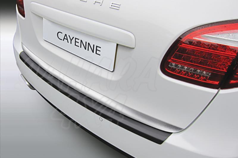 Protector Paragolpes Trasero para Porsche Cayenne - La solución para proteger la parte superior del paragolpes trasero
