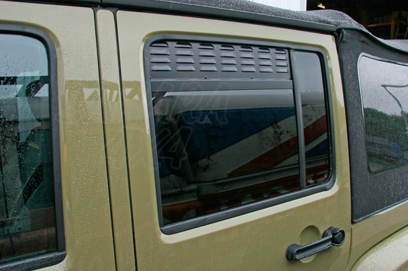 Placas de ventilación de las ventanas laterales traseras Jeep Wrangler JKU