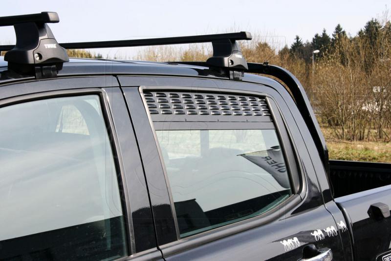 Placas de ventilación de las ventanas laterales traseras Ford Ranger DC 2012-