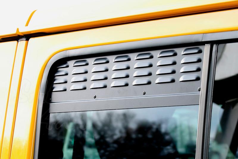 Placas de ventilación de las ventanas laterales traseras Jeep Wrangler JLU