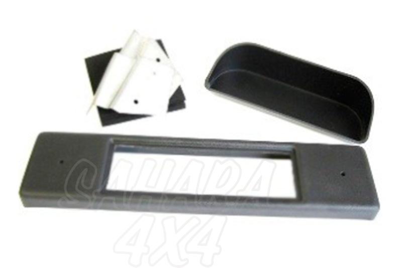 Kit instalacion de 1-DIN para salpicadero - Valido para Defenders posteriores al 2007. Pulse para más información.