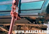 Estriberas para gato Hi-Lift Nissan Navara D-22 Mod. 2003 - Navara D22 , Modelo del 2003.