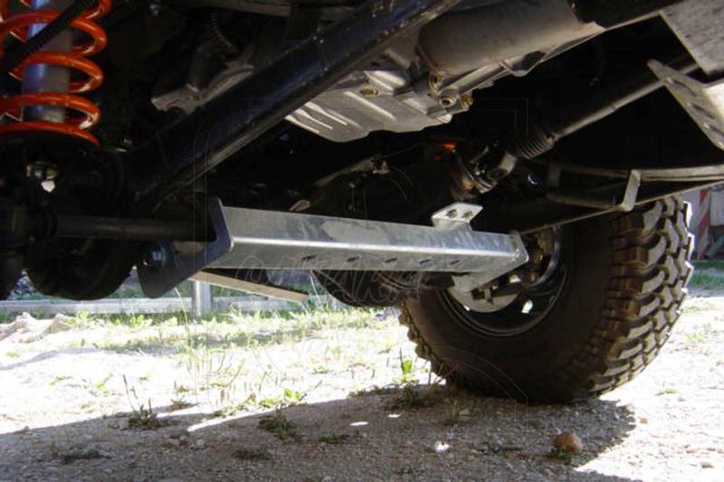 Protector barras direccion trasera Land rover defender